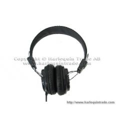 Closed-ear Headphones