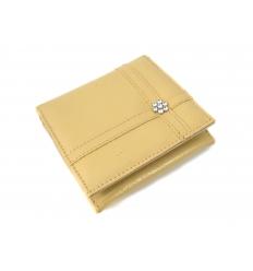 Plånbok med blomsmycke