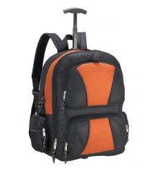 Travelbag with shoulder straps