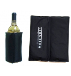 Wine cooler with cooling gel